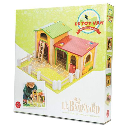 Wooden Le Barnyard, Boxed