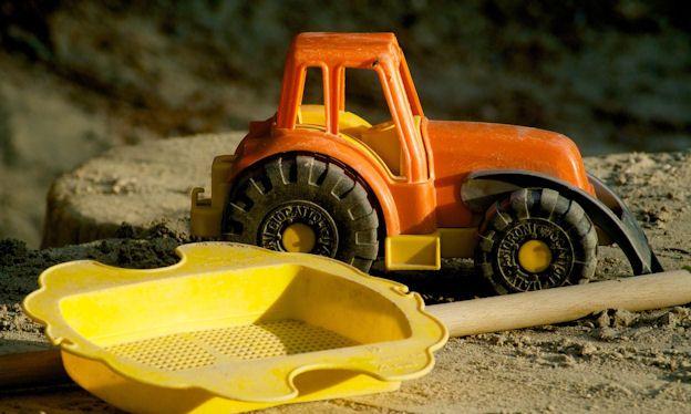 Sandbox tractors